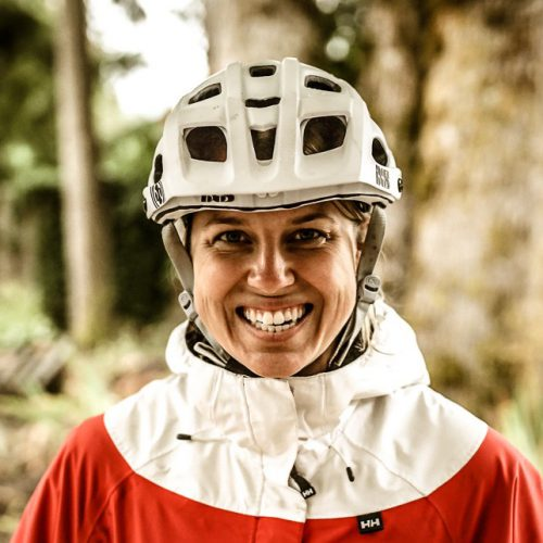 learn-to-mountain-bike-coach-sara-1