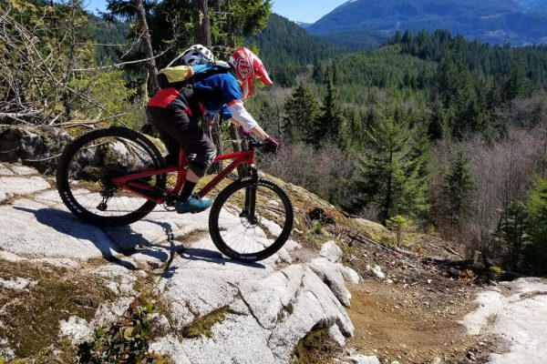 mountain-biking-down-boney-elbows-squamish-slabs-1366