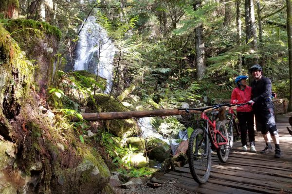 waterfalls-and-bike-rentals-in-squamish-bc-1366